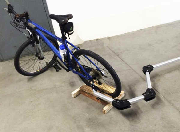 Dynamic Bike Towing adapter for dolly