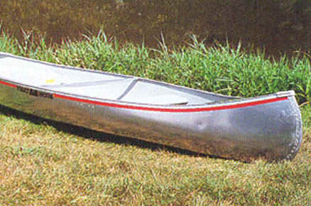 Michicraft L-13 Canoe