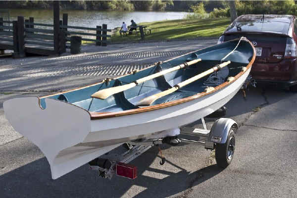 Trailex SUT-200-S Shown With Wineglass Rowboat