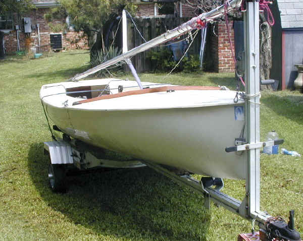 Trailex SUT-500-S Trailer with Jet 14 Sailboat